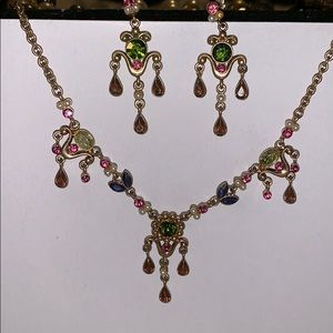 Beautiful Earring and necklace set pink and green